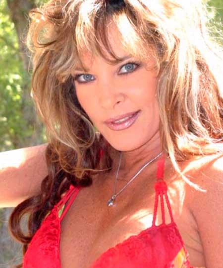 Bionca nikki dial steve drake in 80s porn girls finger 6